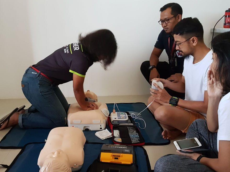 Pelatihan pertolongan pertama oleh SIAGA